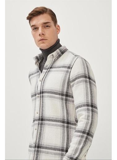 Avva Erkek  Ekoseli Düğmeli Yaka Comfort Gömlek A02Y2305 Ekru